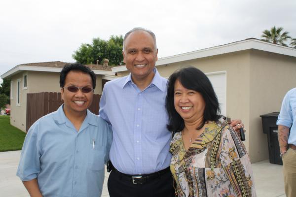 Senator Hernandez with Covina Residents