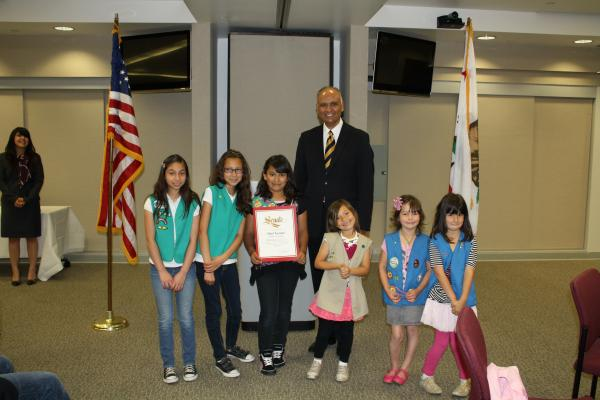 Senator Hernandez w/ Local Girl Scouts